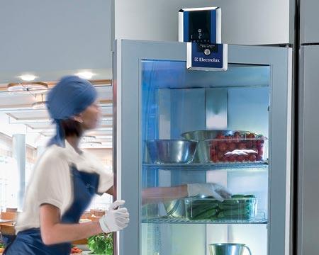 Realizar la limpieza de un frigorífico industrial